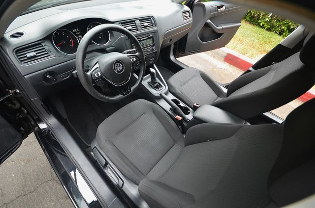 2015 Volkswagen Jetta 2.0L S Reseda, CA 10