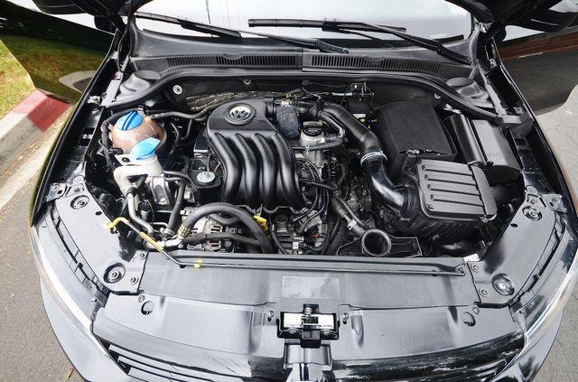 2015 Volkswagen Jetta 2.0L S Reseda, CA 28