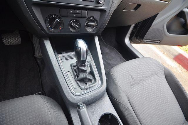 2015 Volkswagen Jetta 2.0L S Reseda, CA 36