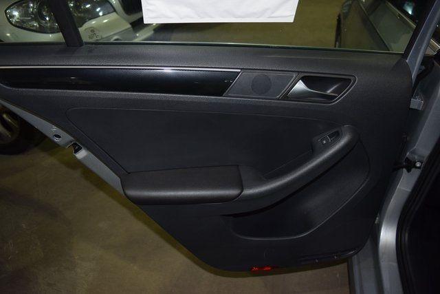 2015 Volkswagen Jetta 2.0L TDI SEL Richmond Hill, New York 26