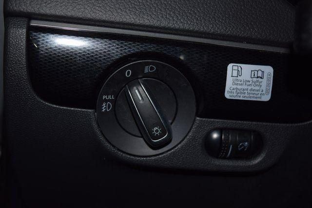 2015 Volkswagen Jetta 2.0L TDI SEL Richmond Hill, New York 32