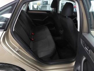 2015 Volkswagen Passat 1.8T S Chicago, Illinois 23