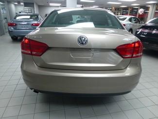 2015 Volkswagen Passat 1.8T S Chicago, Illinois 5