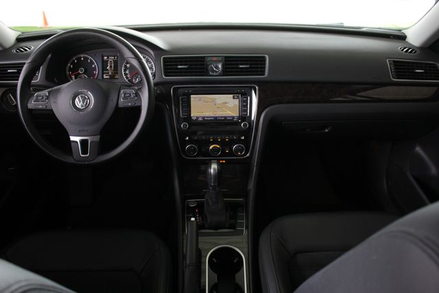 2015 Volkswagen Passat 3.6L V6 SEL Premium - NAVIGATION - SUNROOF! Mooresville , NC 28