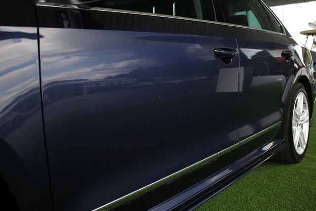 2015 Volkswagen Passat 3.6L V6 SEL Premium - NAVIGATION - SUNROOF! Mooresville , NC 25