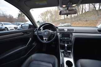 2015 Volkswagen Passat 1.8T SE Naugatuck, Connecticut 10