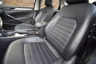 2015 Volkswagen Passat 1.8T SE Naugatuck, Connecticut 13