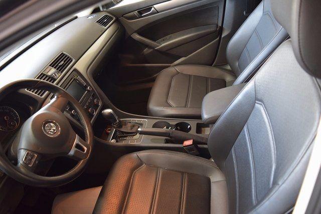 2015 Volkswagen Passat 1.8T Limited Edition Richmond Hill, New York 10