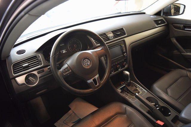 2015 Volkswagen Passat 1.8T Limited Edition Richmond Hill, New York 11