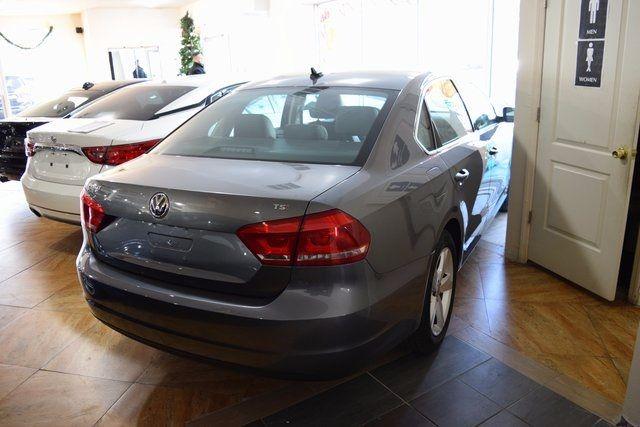 2015 Volkswagen Passat 1.8T Limited Edition Richmond Hill, New York 3
