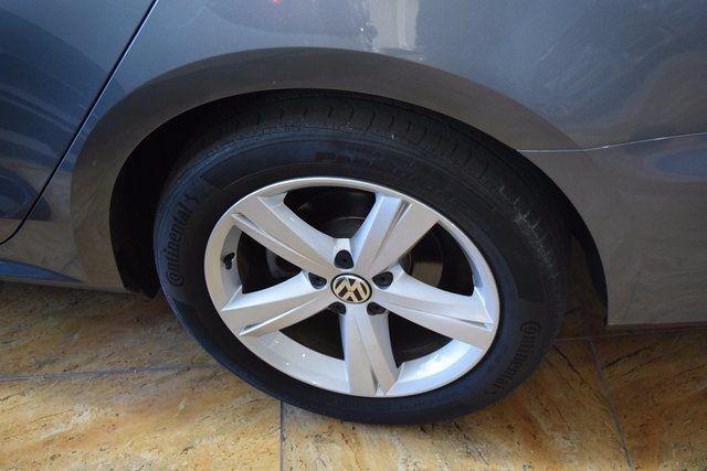 2015 Volkswagen Passat 1.8T Limited Edition Richmond Hill, New York 7