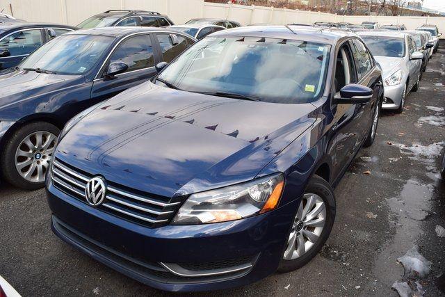 2015 Volkswagen Passat 1.8T Wolfsburg Ed Richmond Hill, New York 1