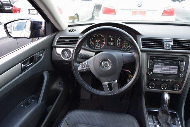 2015 Volkswagen Passat 1.8T Wolfsburg Ed Richmond Hill, New York 13