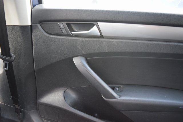 2015 Volkswagen Passat 1.8T Wolfsburg Ed Richmond Hill, New York 18