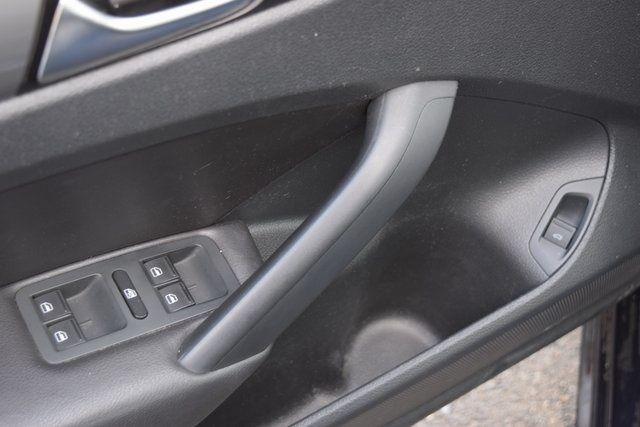 2015 Volkswagen Passat 1.8T Wolfsburg Ed Richmond Hill, New York 20