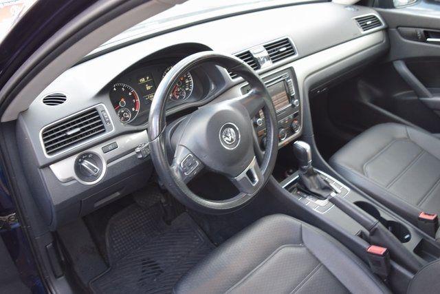 2015 Volkswagen Passat 1.8T Wolfsburg Ed Richmond Hill, New York 21