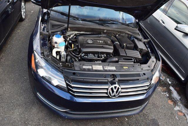 2015 Volkswagen Passat 1.8T Wolfsburg Ed Richmond Hill, New York 3