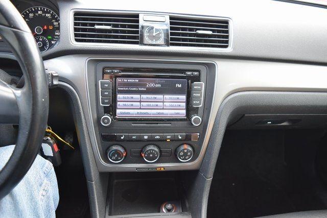 2015 Volkswagen Passat 1.8T Wolfsburg Ed Richmond Hill, New York 30