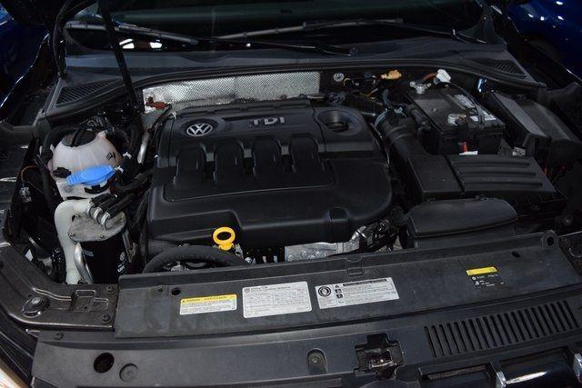 2015 Volkswagen Passat 2.0L TDI SEL Premium Richmond Hill, New York 12