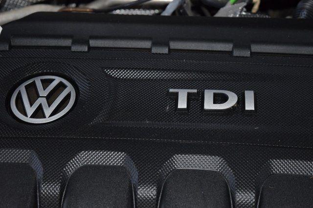 2015 Volkswagen Passat 2.0L TDI SEL Premium Richmond Hill, New York 14