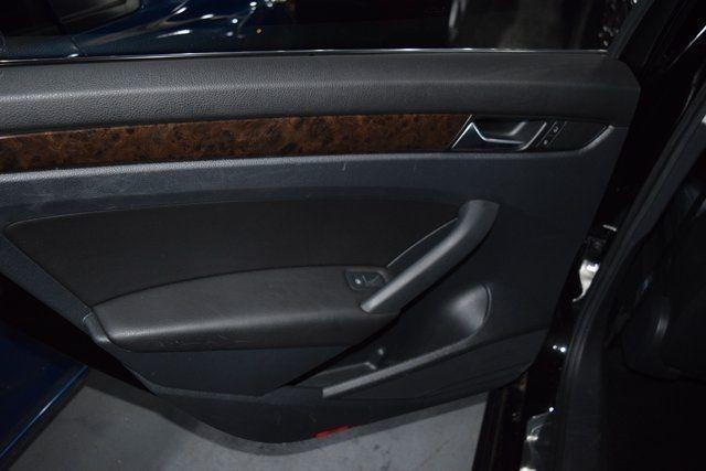 2015 Volkswagen Passat 2.0L TDI SEL Premium Richmond Hill, New York 24