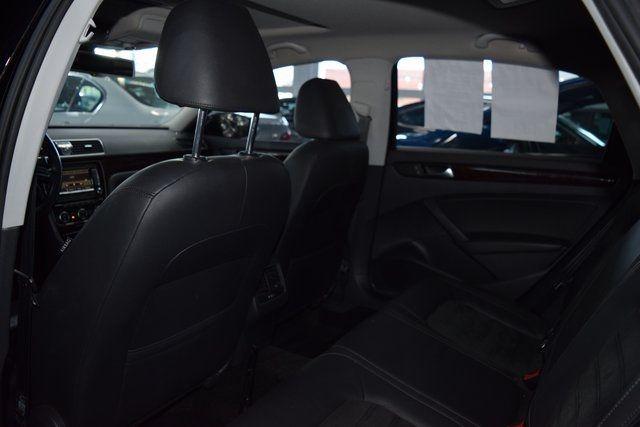 2015 Volkswagen Passat 2.0L TDI SEL Premium Richmond Hill, New York 25