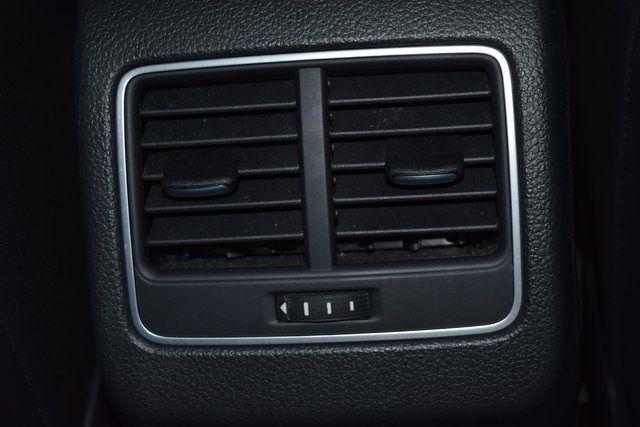 2015 Volkswagen Passat 2.0L TDI SEL Premium Richmond Hill, New York 27