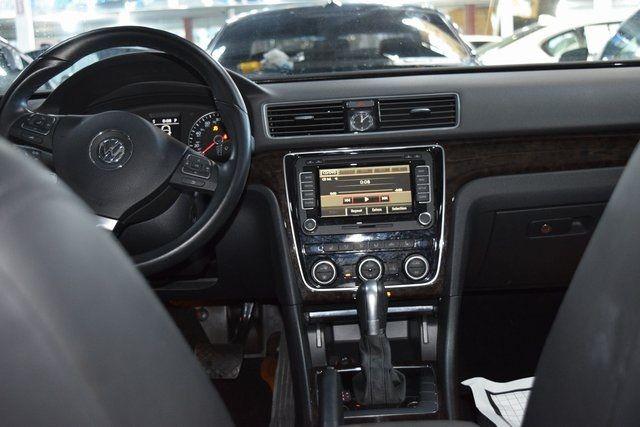 2015 Volkswagen Passat 2.0L TDI SEL Premium Richmond Hill, New York 28