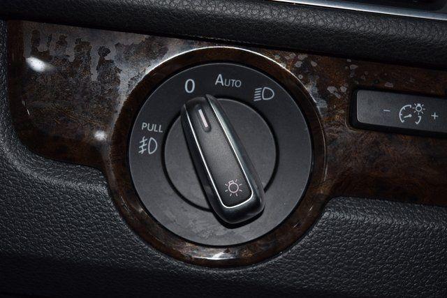 2015 Volkswagen Passat 2.0L TDI SEL Premium Richmond Hill, New York 33