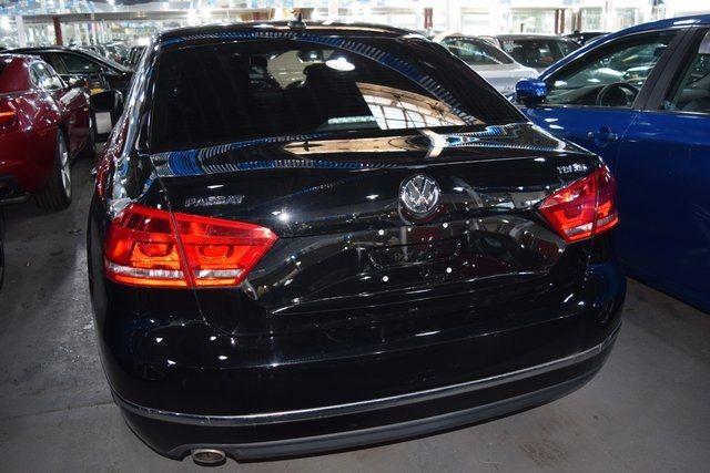 2015 Volkswagen Passat 2.0L TDI SEL Premium Richmond Hill, New York 4