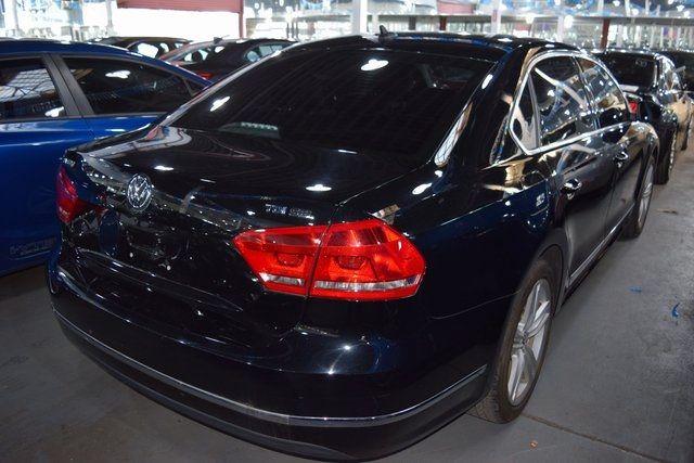 2015 Volkswagen Passat 2.0L TDI SEL Premium Richmond Hill, New York 5