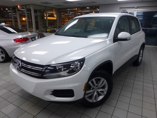 2015 Volkswagen Tiguan S  W/BACK UP CAM Chicago, Illinois 2