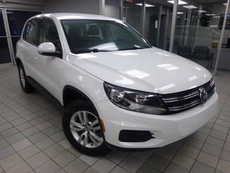 2015 Volkswagen Tiguan S  W/BACK UP CAM Chicago, Illinois