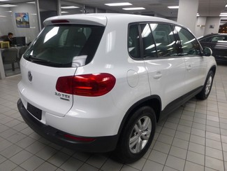 2015 Volkswagen Tiguan S  W/BACK UP CAM Chicago, Illinois 4