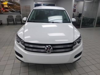 2015 Volkswagen Tiguan S  W/BACK UP CAM Chicago, Illinois 1
