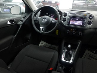 2015 Volkswagen Tiguan S  W/BACK UP CAM Chicago, Illinois 8