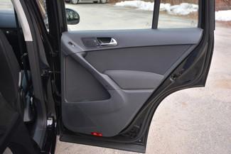 2015 Volkswagen Tiguan S Naugatuck, Connecticut 11