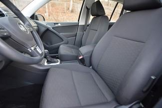 2015 Volkswagen Tiguan S Naugatuck, Connecticut 20