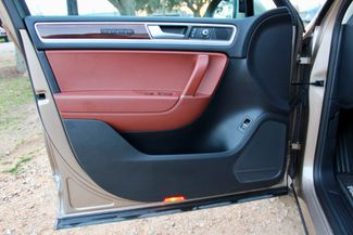 2015 Volkswagen Touareg Lux 3.0L TDI Diesel Sealy, Texas 25