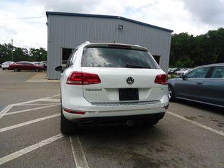 2015 Volkswagen Touareg Lux SEFFNER, Florida 14