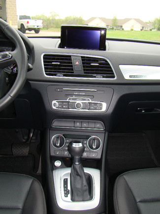 2016 Audi Q3 Premium Plus Bettendorf, Iowa 14