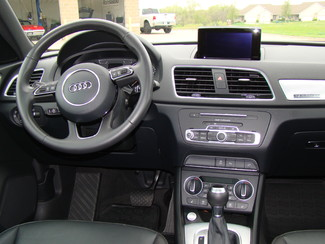 2016 Audi Q3 Premium Plus Bettendorf, Iowa 30