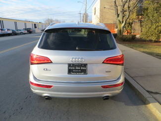 2016 Audi Q5 2.0T Quattrro Premium Plus Watertown, Massachusetts 3
