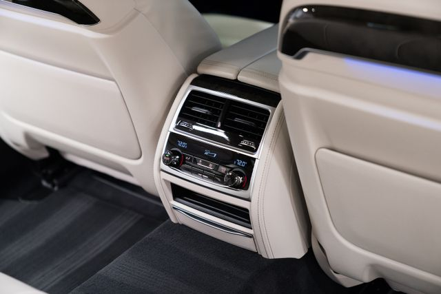 2016 BMW 740i Orlando, FL 28