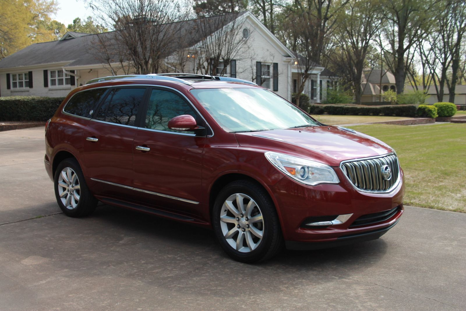 screen premium drive pm buick enclave awd shot consumer test the at daily