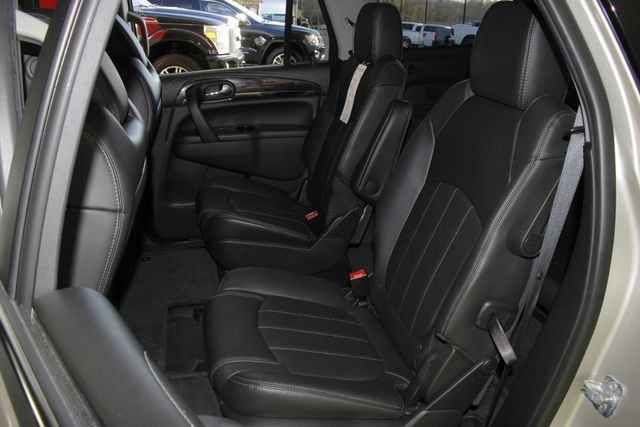 2016 Buick Enclave Leather FWD - NAVIGATION - SUNROOFS! Mooresville , NC 12