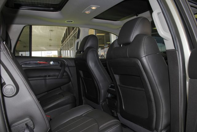 2016 Buick Enclave Leather FWD - NAVIGATION - SUNROOFS! Mooresville , NC 39