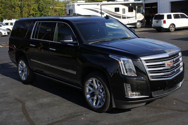 2016 Cadillac Escalade ESV Platinum Edition 4X4 - MSRP $100,235 - NEW TIRES! Mooresville , NC 24