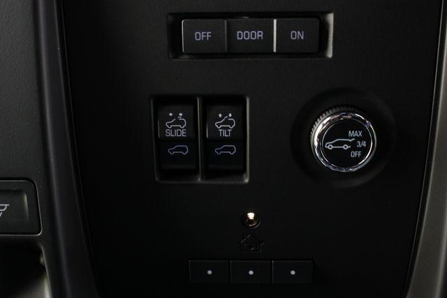 2016 Cadillac Escalade ESV Platinum Edition 4X4 - MSRP $100,235 - NEW TIRES! Mooresville , NC 42
