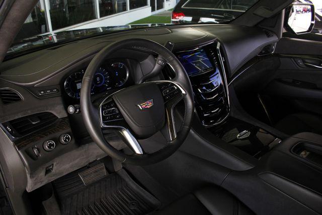 2016 Cadillac Escalade ESV Platinum Edition 4X4 - MSRP $100,235 - NEW TIRES! Mooresville , NC 32